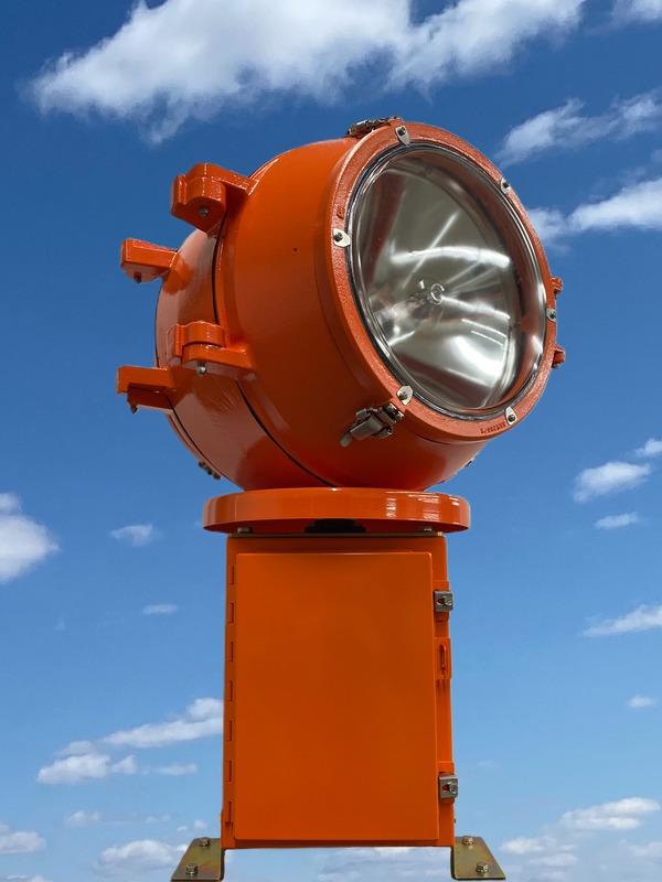 Clear Lens Beacon