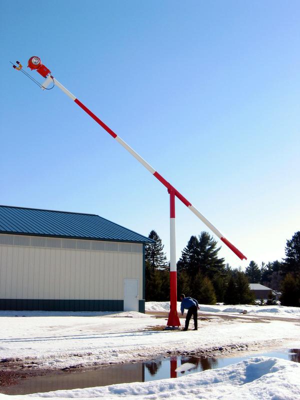 Rotating Beacon Pole